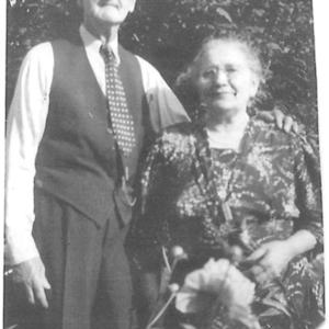 robertandmargaretjones1940-fromlindalorenzo.jpg